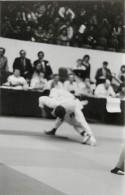 Ref A803- Arts Martiaux -judo -photo Souple Non Située- Rencontre Internationale Ou Nationale ??- Photo Bon Etat  - - Martiaux