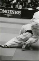 Ref A802- Arts Martiaux -judo -photo Souple Non Située- Rencontre Internationale Ou Nationale ??- Photo Bon Etat  - - Martiaux