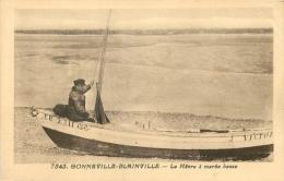 50 GONNEVILLE BLAINVILLE LE HAVRE A MAREE BASSE - BATEAU J. VICTOR CR 2311 - France