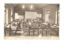 CPA Militaria : 77 - Juilly  : Ambulance Américaine : Salle Des Convalescents : Soldats Dans Un Dortoir - Drapeaux - Guerre 1914-18