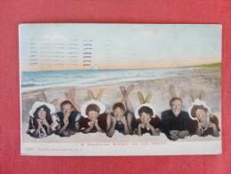 Pin-Ups--Beach Scene 1910 Cancel Stamp Peeled Off   -----Ref-1343 - Pin-Ups
