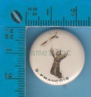 Pin's Backpin Religion  ( St Francois D'assise La Stigmatation )  Pin - Pin's