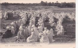 CPA Scènes Et Types - La Grande Prière (5615) - Algerien