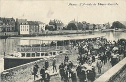 Namur - L'Arrivée Du Bateau-Touriste - Namur