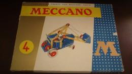 boite de jeu meccano n4 m avec plusieurs notice en tres bon etat