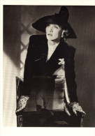 CPSMGF (artiste)  MARLENE DIETRICH NEW YORK 1942 Photograph Horst (tirage 1979) - Artistes
