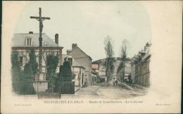 76 NEUFCHATEL EN BRAY / La Route De Londinières, Le Calvaire / CARTE COULEUR - Neufchâtel En Bray