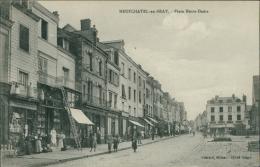 76 NEUFCHATEL EN BRAY / La Place Notre-Dame / - Neufchâtel En Bray