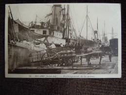 Proche Le Havre , Fécamp , Déchargement De La Morue - Fécamp