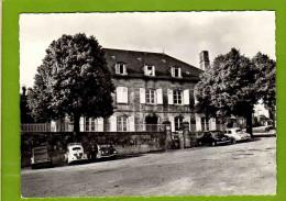 "BUGEAT  5 : Pension Familiale ""Les Bruyeres ""Voitures Traction Dauphine - Sonstige Gemeinden"