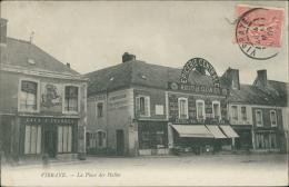 72 VIBRAYE / La Place Des Halles / - Vibraye
