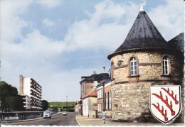 CPSM SARREBOURG MOSELLE ANCIENNE FORTIFICATION TOUR DU CASINO QUAI LEBRUN BLASON ESTAFETTE - Sarrebourg
