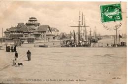 35. Saint Malo. Le Bassin à Flots Et La Route De Rocabey - Saint Malo