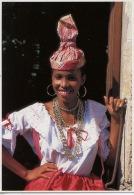 Couleurs De La Martinique : Jeune Créole (photo Renaudeau éd Hoa Qui N°7060) Folklore Tradition - Otros