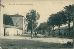 71 MACON / Cours L' Evêque Moreau / - Macon