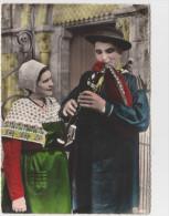 """Costumes Du Berry - Les Thiaulins"""" De Lignières En Berry - Cornemuseux Charmant Sa Compagne - Costumes"""