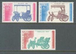 1975 NIGER AUTOMOBILES - PEUGEOT - DAIMLER - CADILLAC MICHEL: 473-474, 476 MNH ** - Cars