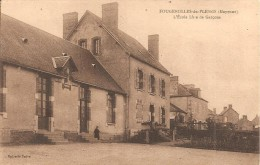 53 - FOUGEROLLES DU PLESSIS,  L'ECOLE LIBRE DE GARCONS - ECRITE - Frankrijk