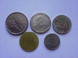 FRANCIA - LOTTO COMPOSTO DA 5 MONETE CIRCOLATE - Francia