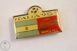 Italy 1990 FIFA World Cup - Flag Of  Argentina - Coca Cola Pin Badge #PLS - Coca-Cola