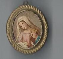 Religieux/Petit cadre/Porte relique /Vierge � l�enfant / Chromo /Vers 1880-1900   CAN149