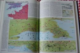 Atlas De La Seconde Guerre Mondiale 254 Pages In Colour 2.2 Kg. 27 X 37 Cm. Langue Francais - Books