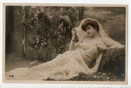 FEMME ARTISTE ... MANUY ... ACTRICE AU THÉÂTRE - Réf. N°6601 - - Femmes