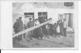 Région De Cernay Soldats Allemands Avec Des Civils D'un Village 1 Carte Photo 14-18 1914-1918 Ww1 WwI Wk - War, Military