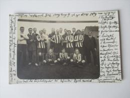AK / Fotokarte 1912 Schweiz Fußball Mannschaft Mit Namen Der Spieler! Interessante Karte!! - Soccer