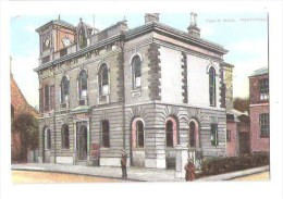 TOWN HALL PONTYPOOL MONMOUTHSHIRE  WALES UNUSED - Monmouthshire