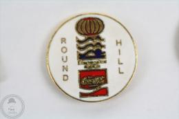 Round Hill Coca Cola Pin Badge #PLS - Coca-Cola