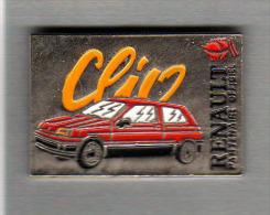 Pin´s  Sport  J.O  ALBERTVILLE  1992, Automobile  Renault  Clio Rouge  Partenaire  Officiel - Juegos Olímpicos