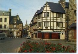 Paimpol -  Place Du Martray (horlogerie Tissus Confection Vieille Voiture) N°25  Artaud - Paimpol