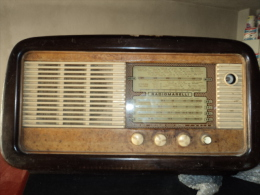 Radio A Valvole Marelli Anni 60 - Apparecchi