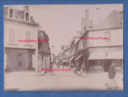 Photo Ancienne - SANCOINS ( CHER ) - La Grande Rue - Magasin A. Guillon , Cormier - Belle Scène De Ville - Photos