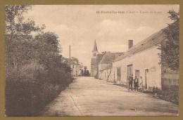 St. Pierre Les Bois (Cher) -- Entrée Du Bourg ---- Voir Verso - Photo M. RAMEAU - SAINT GAULTIER (Indre) - Francia
