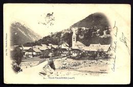 CPA  PRECURSEUR- FRANCE- VILLE-VALLOUISE (05)- LE VILLAGE GROS PLAN EN 1900- ROUTE D'ARRIVÉE- PONT EN BOIS- - Frankreich