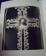 INTROUVABLE : Ornements Liturgiques De La Sarthe Chasubles Et Dalmatiques (religion, église, Soutane.... - Godsdienst