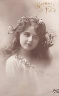 CPA  PHOTO Artistique  PORTRAIT Jolie  FILLETTE   Little Girl Long Haired - Ritratti