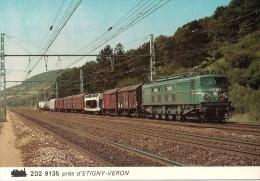 FRANCE ETIGNY-VERON (89) Loco SNCF 2D2 9135 En Aout 1980 Détails  2ème Scan - Trenes