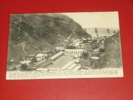 SAINT HELENA  ISLAND -  ÎLE DE SAINTE HELENE -  James Town  - - Saint Helena Island