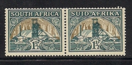 SOUTH AFRICA UNION, 1933, Mint  Never Hinged Stamp(s), 1 1/2d   Green/bright Gold Horizontal Pair Nrs.57 #316 - South Africa (...-1961)