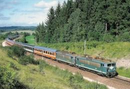 """FRANCE ANDELOT (39) Train """"LE LUTECIA"""" Locos En UM  BB  25500 En Septembre 1983 Détails  2ème Scan - Trains"""