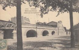 75  PARIS 13  Métropolitains Stations Corvisart - District 13