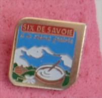 Pin's FROMAGE SIX DE SAVOIE  P56 - Food