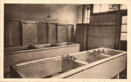 BELGIQUE - FLANDRE OCCIDENTALE - POPERINGHE - Institut des Religieuses B�n�dictines - Waschkeuten van de Huishoudschool