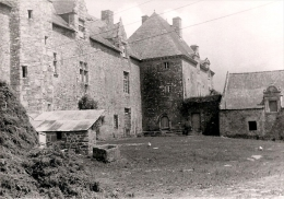 Chateau Plessis Josso Vers 1960 - Theix - Fotos
