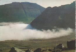 Ph-CPM Faroe Islands (Iles Féroé) Fog Banks Round The Mountains Near Funningur - Féroé (Iles)