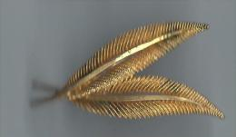 Broche/ 2 Palmes/ Bronze Doré//Vers 1930      BIJ14 - Bijoux & Horlogerie