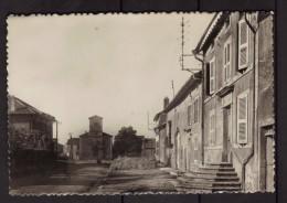 Murville - Meurthe Et Moselle - L´église Et Rue Du Village - France